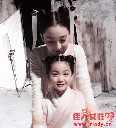 小小龙女张籽沐剧照曝光 网友:比田雨橙可爱