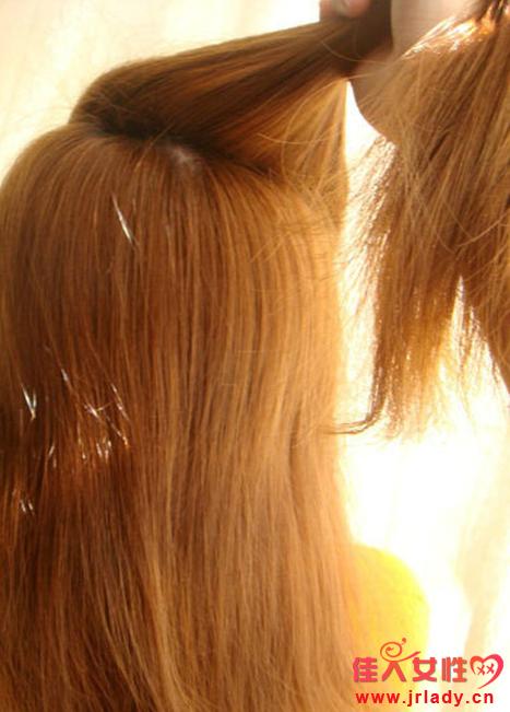 长发麻花辫盘发教程 教你打造唯美约会发型
