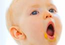 成人润唇膏宝宝能用吗 宝宝嘴唇干燥怎么办