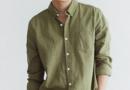 军绿色衣服如何搭配 皮肤黑的妹妹如何搭配军绿色