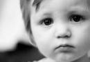 如何判断宝宝是否吃饱了