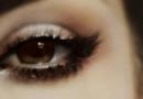 化眼妆应注意事项 眼睛化妆易造成的伤害