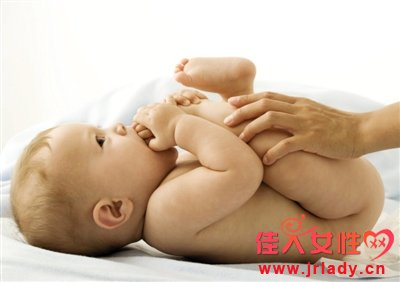 宝宝大便发绿怎么办?首选考虑与胆汁有关