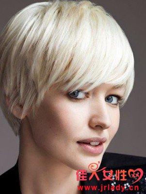 推荐唯美的帅气女生最受欢迎的短发发型