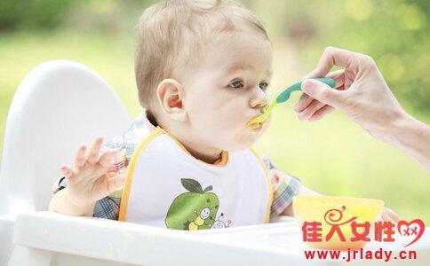 宝宝辅食添加时间 婴儿辅食添加 6个月宝宝辅食食谱