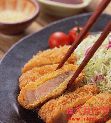 筷子超期使用易变色 常让筷子晒晒太阳