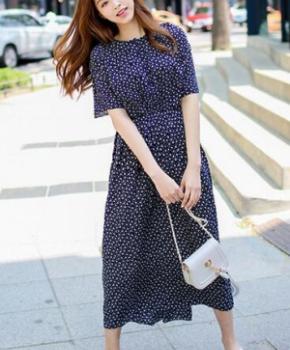新款韩系连衣裙 乖巧甜美最吸晴