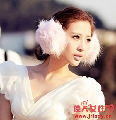 小脸新娘发型图片 低盘发百搭