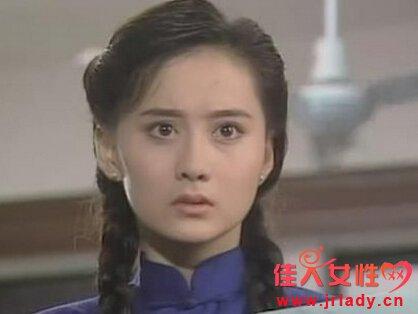 琼瑶等她三年 因错过小燕子难爆红