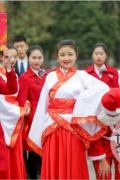 四川学子抵制圣诞 拒绝圣诞是为了保护传统文化节日继承
