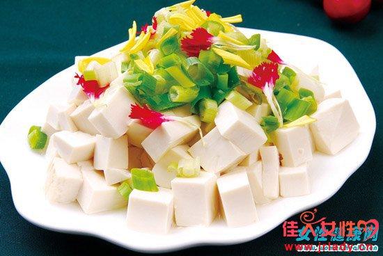 豆腐不能和哪些食物一起吃 豆腐吃多了会怎样