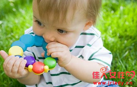 针对宝宝误吞异物的急救课程