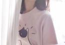 新款基础款t恤 刺绣极简字母磨破猫须