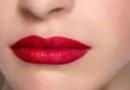 饱满唇图片 哑光唇膏可以提亮肤色