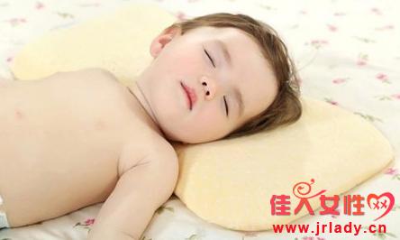 预防宝宝落枕的五大注意事项