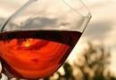 葡萄酒的功效与作用,延缓衰老!