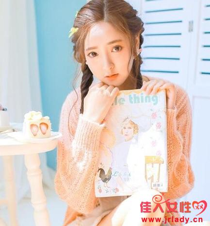 少女感头发图片 要配粉色发带