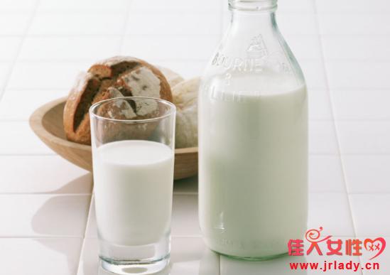 红糖和牛奶做面膜好吗 敷脸的作用有哪些