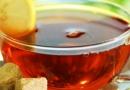 生理痛吃什么缓解  女孩子治痛经的小方法喝姜红茶
