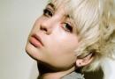 白色系短发头发图片 还有发黄的白色