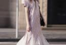 条纹长裙怎么搭配 平淡or时髦条纹照单全收