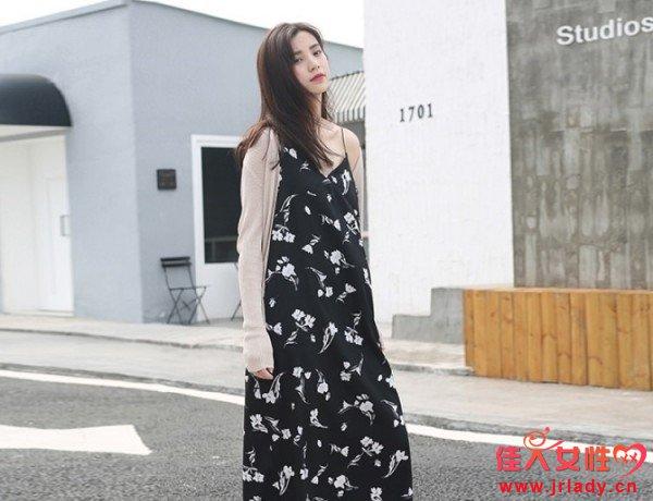 少女款的印花连衣裙 什么款式的印花连衣裙比较