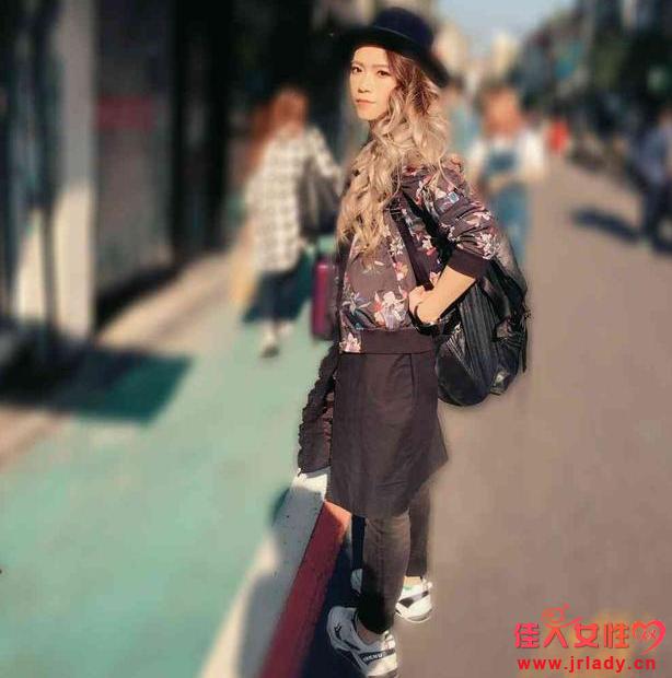 张芸京是男是女 长发女神穿衣搭配图片