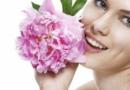 夏季油性皮肤如何护肤 脸上出油的原因有哪些