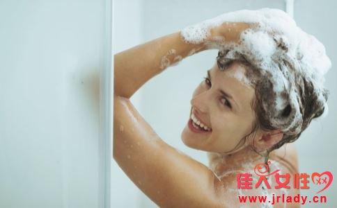洗头要注意什么 怎么洗头 洗头的正确方法