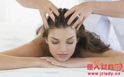 头发烫染后如何护理 头发烫染怎么护理才好 头发烫染后的护理方法