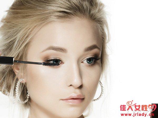 单眼皮眼妆如何画?