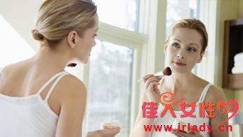 孕中期化妆影响胎儿吗
