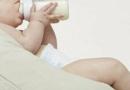 喂养母乳时宝宝爱睡觉的原因是什么 新生儿应该如何喂养