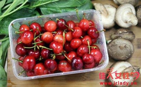 樱桃有哪些功效 樱桃怎么吃健康 哪些人不能吃樱桃