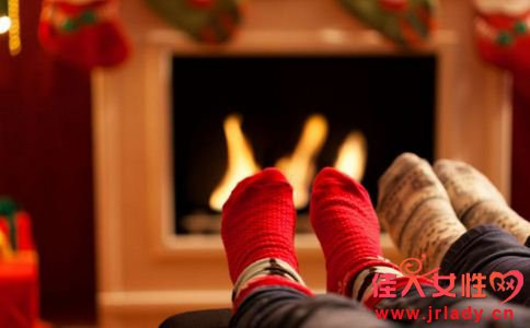 脚冷是为什么 脚冷吃什么 脚冷是什么原因