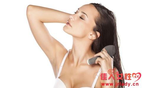 秋季头发如何护理 秋季护理头发注意什么 怎么护理头发好