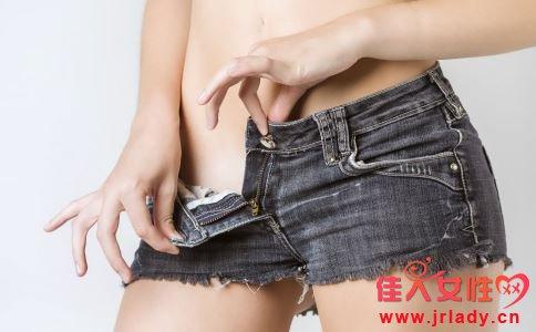 外阴溃疡可以分为几种 引起外阴溃疡的原因是什么 女性外阴溃疡如何食疗
