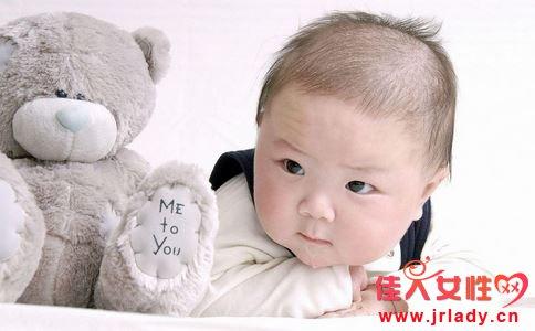 宝宝头发竖着长怎么办 宝宝头发竖着长为什么 宝宝头发竖着长是什么原因