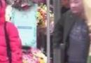 又一富豪!车晓新恋情疑曝光 与神秘男子手牵手买花逛超市后回家