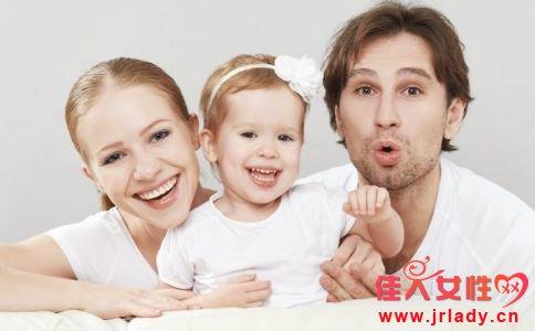 宝宝零食应怎么选 宝宝吃什么零食好 该如何给宝宝选择零食