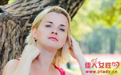 春季皮肤过敏怎么办 春季皮肤过敏吃什么 皮肤过敏注意什么