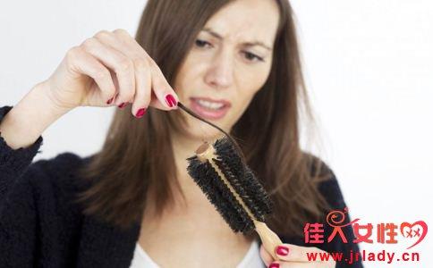 孕期掉发的原因 孕期脱发怎么办 孕期脱发怎么回事