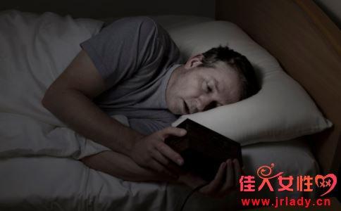 半夜出虚汗是什么原因 半夜出虚汗怎么办 半夜出虚汗如何治疗