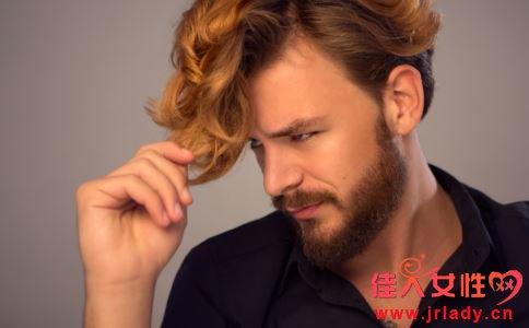 哪些习惯会伤害男性的皮肤 男人如何护肤 护肤吃什么
