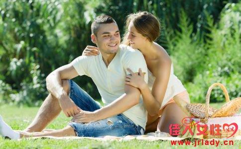 男人怎么约会不尴尬 男人如何约会好 不能约会的地点