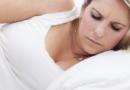 女人月经量少颜色淡是怎么回事呢