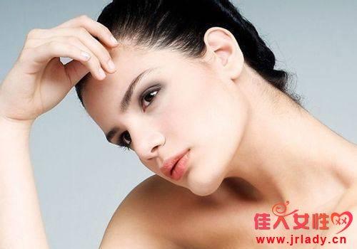 油性肌肤怎么改善 油性肌肤的护肤窍门 控油的方法有哪些