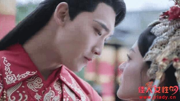 《双世宠妃2》片头曲《无情画》MV今日上线