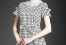 女人五十穿什么连衣裙  夏天裙子里面穿什么