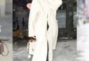 乳白色大衣的搭配技巧 用撞色提升高级感